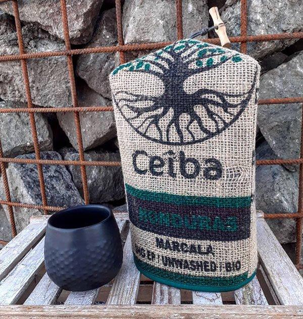 Couvre théière en sac à café